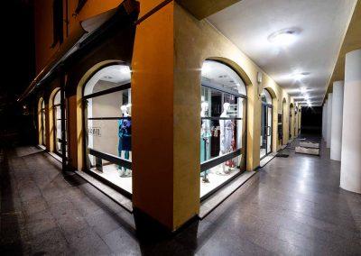 caravel_abbigliamento_moda_donna-carpaneto-piacenza_gallery_negozio02